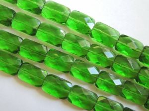 Crystal glass bead rectangle Green JGB0457