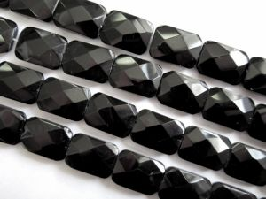 Crystal glass bead rectangle black
