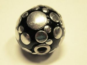 Indonesian bead  with balls black IND8