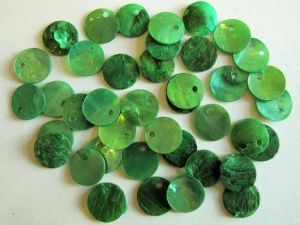 Shell sequin 10mm green