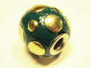 Indonesian bead with balls green IND12