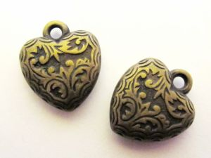 Copper coated bead pendant heart M