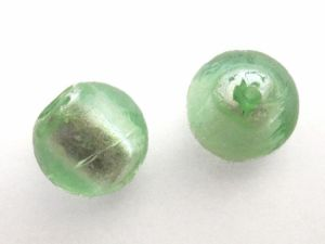 Foil bead 15mm light green FH0062