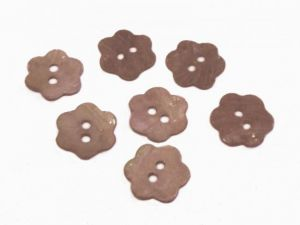 Mother of pearl button brown flower