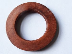 Wood ring flat brown 37mm