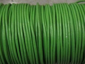 Leather cord 2mm round green