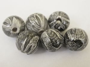 Wood bead snake grey (6pcs)