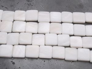 Shell bead square 14mm white (28pcs)