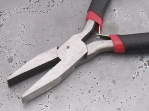 Wide flat nose pliers smooth