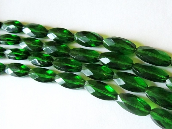 Crystal glass bead grain dark green