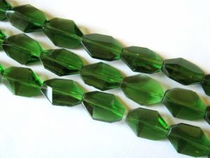 Crystal glass bead rectangle green