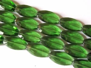 Crystal glass bead flat oval Green JGB0047