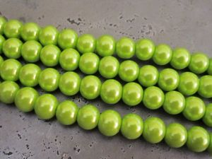 Glass pearl 10mm lime HL31