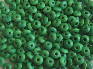Wood bead rondelle green (4x8)