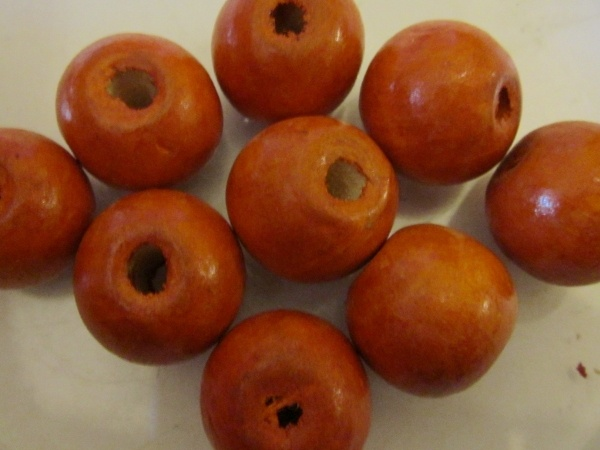 Wood bead orange (18x19mm)