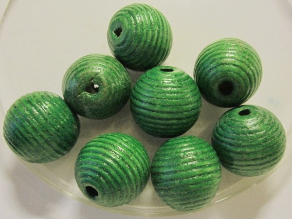 Wood bead striped green (20mm)