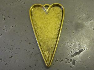 Pendant base stretched heart AG