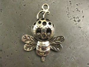 Pendant bee (2pcs)