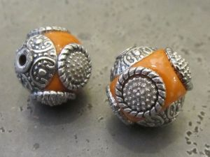 Indonesian bead orange IND33