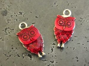 Pendant small owl red