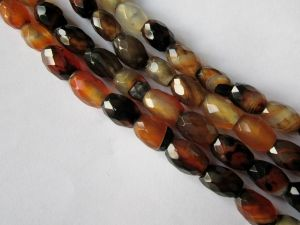 Agate faceted grain particolour