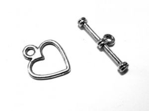 Toggle clasp Heart
