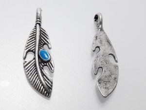 "Pendant feather with turquoise "" stone"" (2 pcs)"