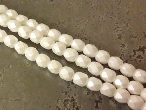 Czech faceted glass bead matte white pearl 4mm