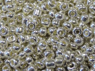 Glass seed bead 8/0 hopea