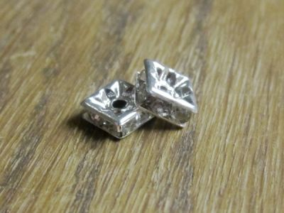 Spacer bead with rhinestones squared (6pcs)