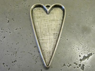 Pendant base stretched heart AS