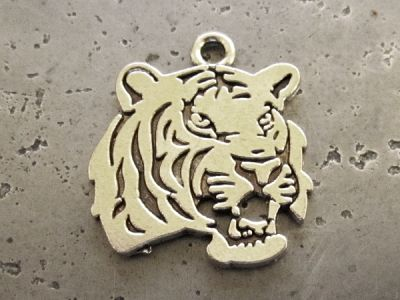 Pendant tiger's head